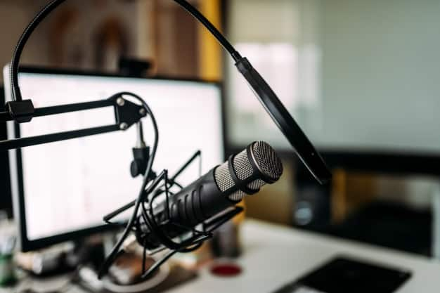 The Best Podcasts for Doctors According to Real Doctors
